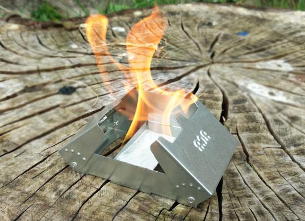Fire Dragon Multi-Kraftstoff Taschenkocher brennt